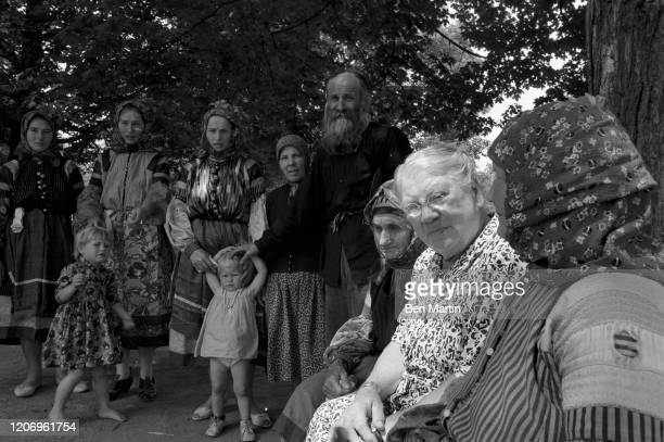 Countess Alexandra Lvovna Tolstoy youngest daughter and secretary of Leo Tolstoy and founder of the Tolstoy Foundation with a group of Russian...