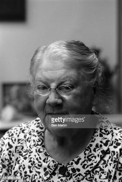 Countess Alexandra Lvovna Tolstoy youngest daughter and secretary of Leo Tolstoy and founder of the Tolstoy Foundation at Reed Farm with a group of...