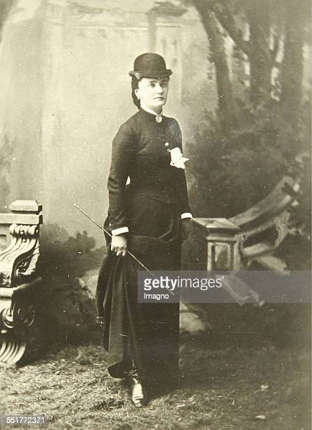 Countess Amalia Taaffe Lady with riding hat und riding crop About 1900 Photograph