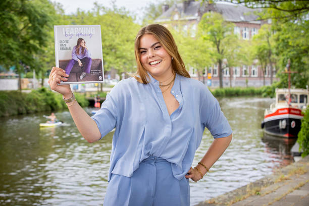 """NLD: Countess Eloise Presents Her Book """"Learning By Doing"""" In Amsterdam"""