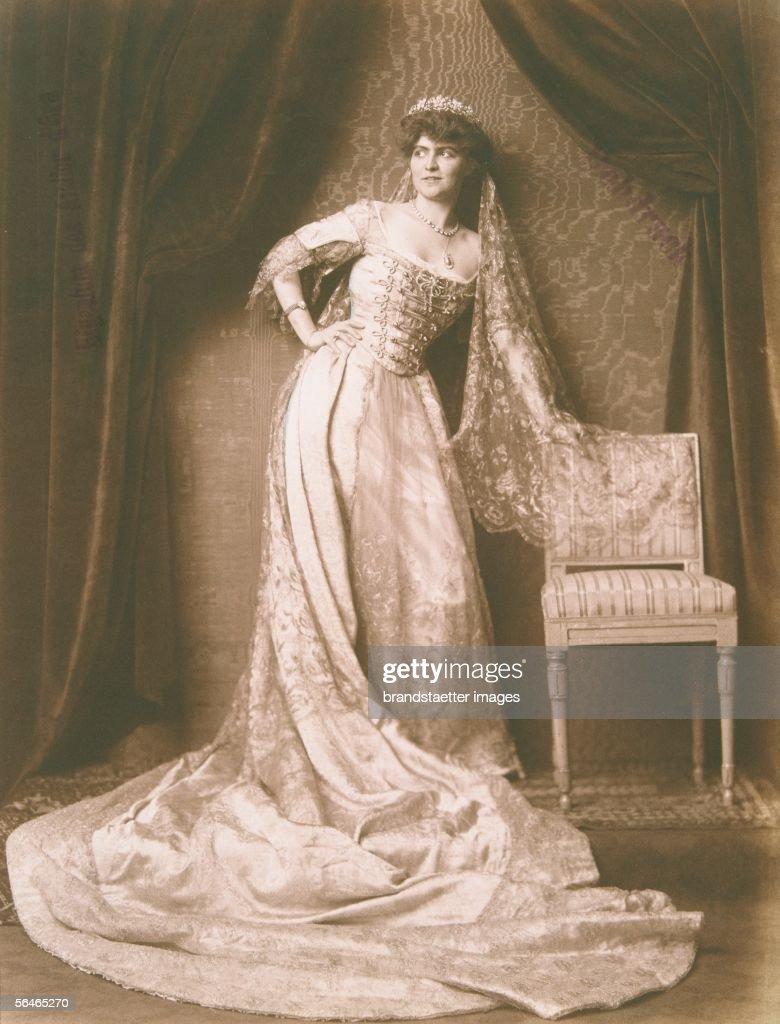 Countess Esterhazy-Wrbna : News Photo