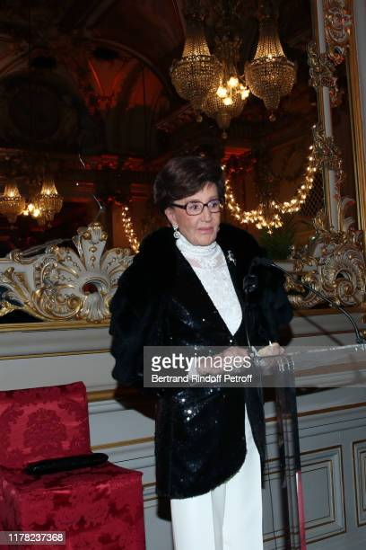 Countess Jacqueline de Ribes attends the Societe Des Amis Du Musee D'Orsay Dinner Party Hosted By Countess Jacqueline De Ribes on September 30 2019...