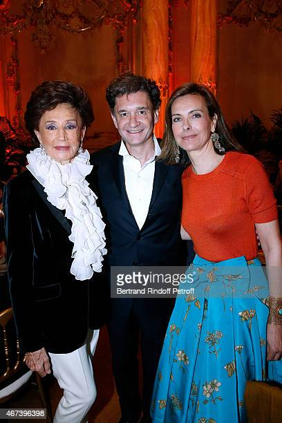Countess Jacqueline de Ribes Philippe Sereys de Rothschild and Actress Carole Bouquet attend the 'Societe des Amis du Musee D'Orsay' Dinner Party at...