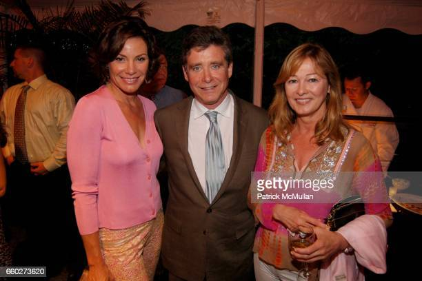 Countess LuAnn de Lesseps Jay McInerney and Kimberly DuRoss attend ROSS SCHOOL'S 6th Annual Club Starlight Benefit at The Ross School on June 20 2009...