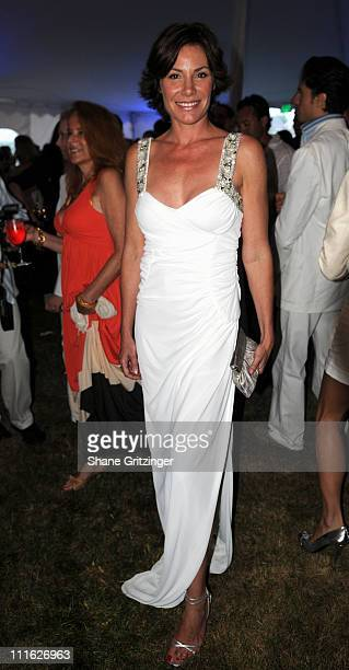 Countess LuAnn de Lesseps of Bravos ' Real Housewives of New York City' attends the 2008 American Cancer Society's Denim Diamonds Gala on June 28...