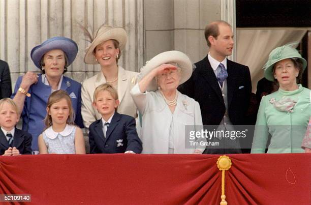 Countess Mountbatten Of Burma Chatting To The Countess Of Wessex [sophie] With The Queen Mother And Prince Edward On The Balcony Of Buckingham Palace...