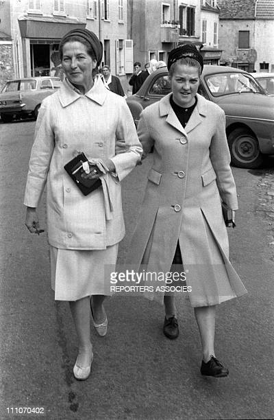 Countess of Paris and Chantal of France at the Olympia in Paris France on September 07 1964