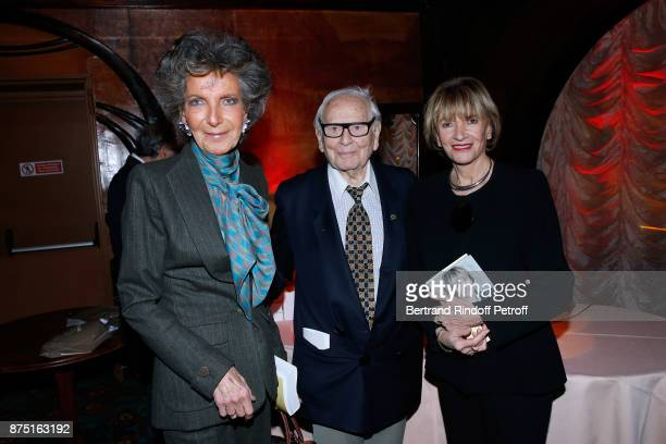 Countess Patrick de Vogue Pierre Cardin and Eve Ruggieri attend Eve Ruggieri signs her Book 'Dictionnaire amoureux de Mozart' at Maxim's on November...