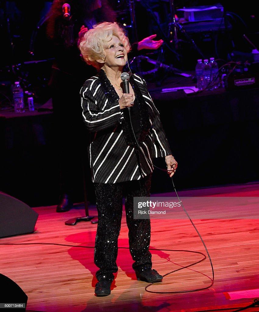 Rock N Roll Christmas Tree: Country And Rock N Roll Hall Of Fame Member Brenda Lee