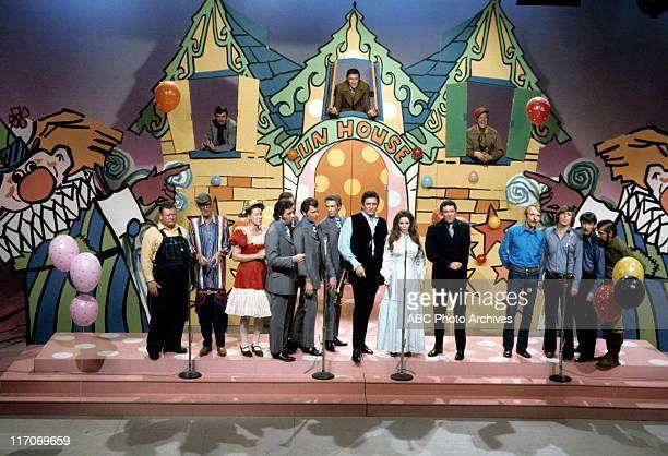 SHOW Country Comedy Airdate February 10 1971 JIM NABORS BOTTOM JUNIOR SAMPLES'STRINGBEAN'MINNIE