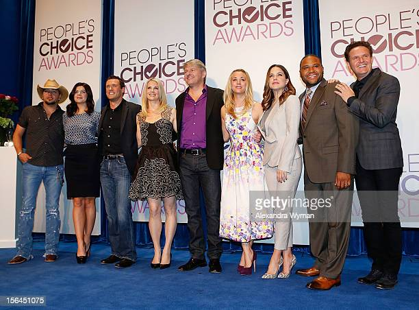 Country music artist Jason Aldean actress Casey Wilson actor Jason O'Mara actress Monica Potter President of the People's Choice Awards Fred Nelson...
