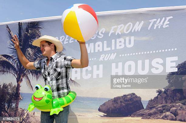 Country music artist Jon Pardi enjoyed the Malibu® Rum Beach House at Farmborough Fest New York City's inaugural country music festival