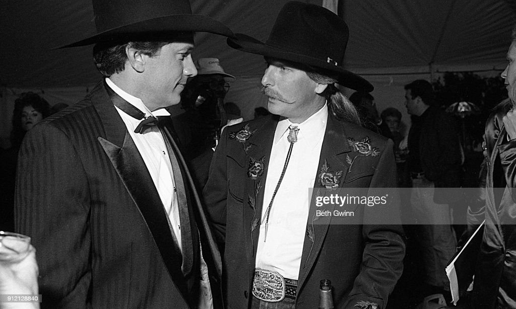 George Strait And Dean Dillon : News Photo