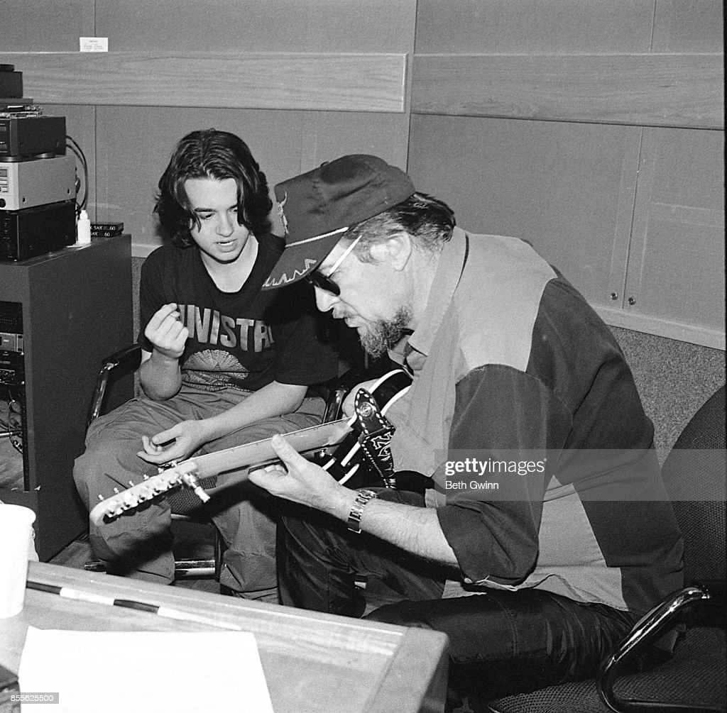 Shooter Jennings And Waylon Jennings : News Photo