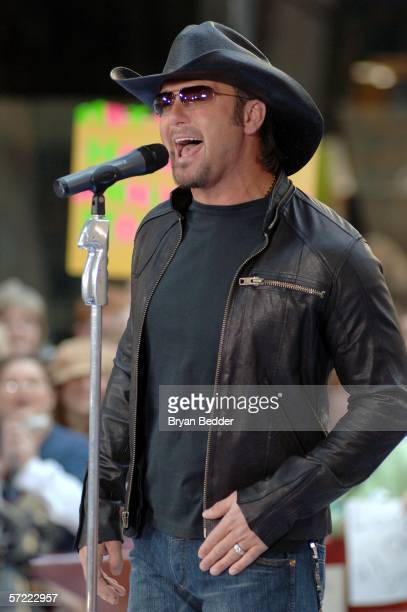 Country music singer Tim McGraw performs live on the NBC Today Show Toyota Concert Series in Rockefeller Plaza March 31, 2006 in New York City.