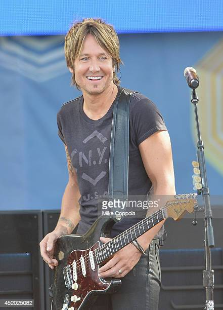 Country music singer/songwriter Keith Urban Performs On ABC's 'Good Morning America' at Rumsey Playfield Central Park on July 11 2014 in New York City