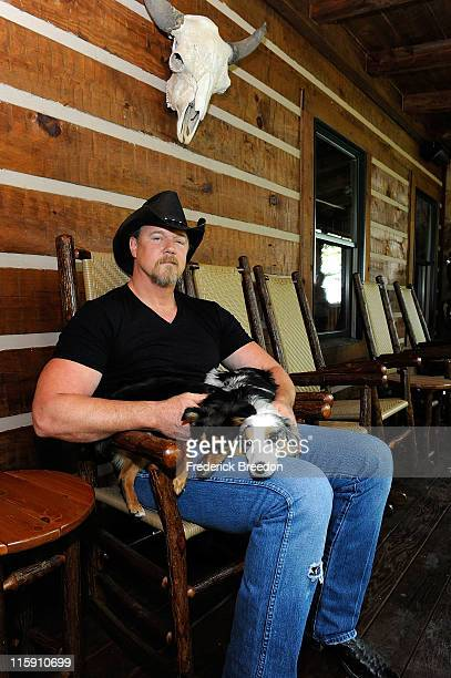 Country music star Trace Adkins with his dogs Bella and Daisy invites dog owners to enter the Waggin'TrainTail Waggin'Jingle Contest by writing a...