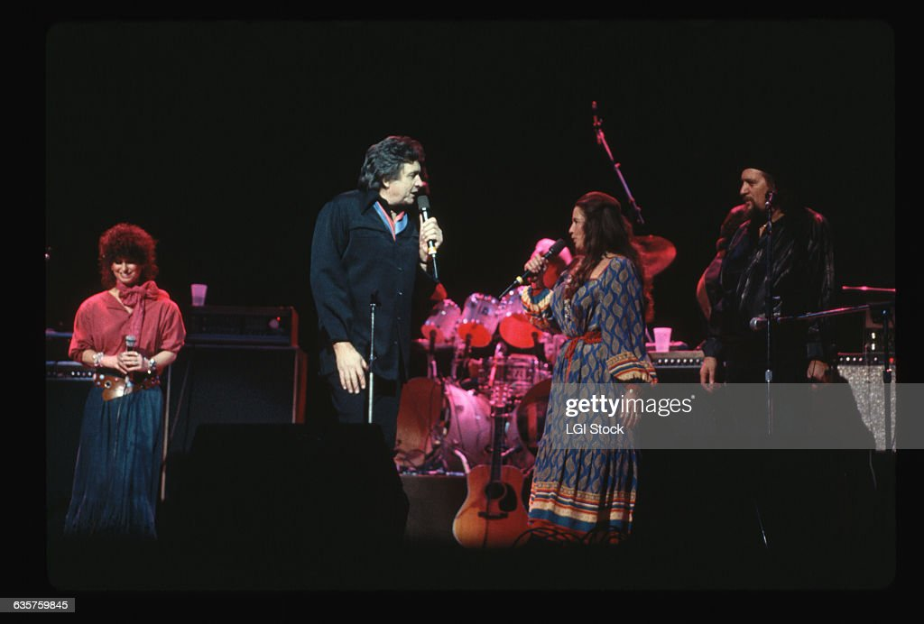 Country Stars Performing On Stage Pictures Getty Images