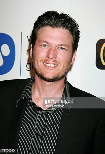 Country musician Blake Shelton arrives at the Warner Music Group 2008 GRAMMY Awards after party held at Vibiana on February 10 2008 in Los Angeles...