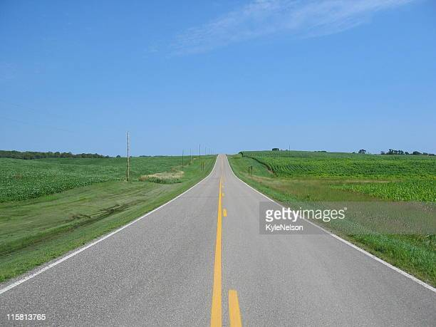 country road - midwest usa stock pictures, royalty-free photos & images