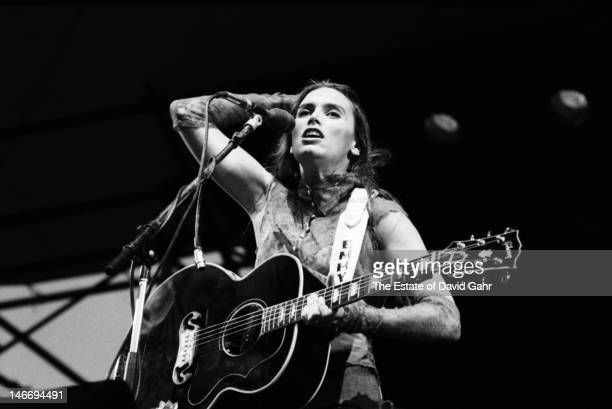 Country singer and musician Emmylou Harris performs on July 13 1981 in New York City New York