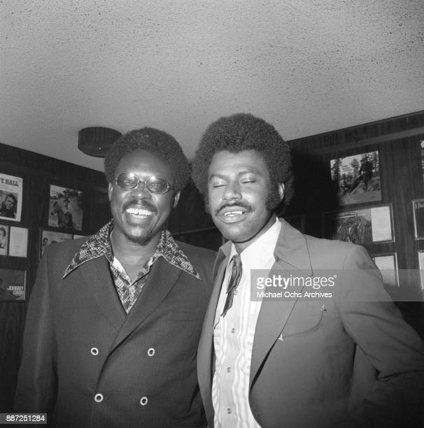 Country singer and songwriter O B McClinton and friend pose for a photo at a press party at The Palomino Club on March 20 1972 in the North Hollywood...
