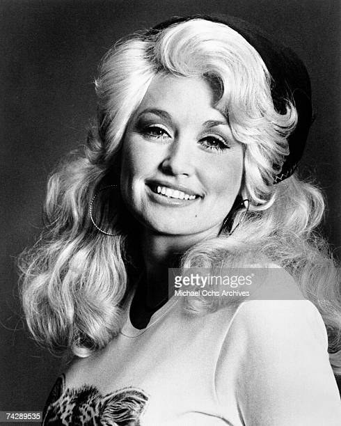 Country singer Dolly Parton poses for a portrait in circa 1970