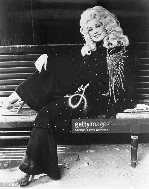 Country singer Dolly Parton poses for a portrait in circa 1974