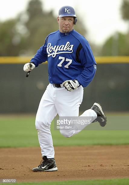 Country singer Garth Brooks of the Kansas City Royals works out with the team February 27 2004 at Surprise Stadium in Surprise Arizona