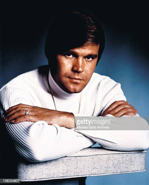 Country Singer Glen Campbell poses for a portrait in February 1969 in Los Angeles, California