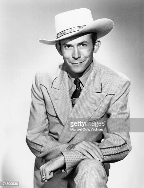 Country singer Hank Williams poses for a portrait circa 1948 in Nashville Tennessee.
