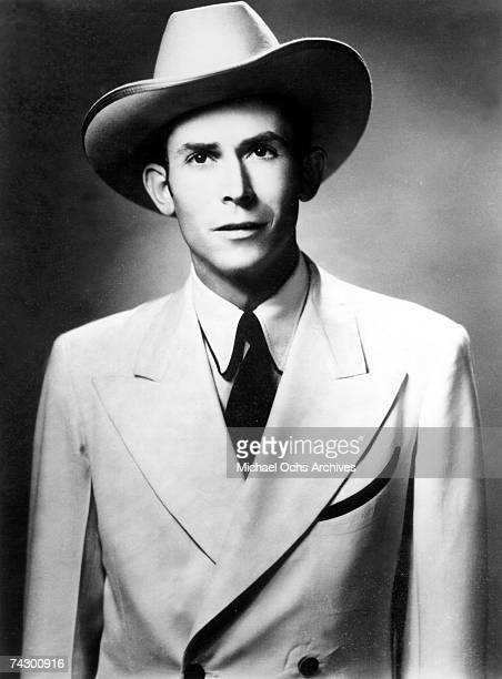 Country singer Hank Williams poses for a portrait circa 1950 in Nashville Tennessee