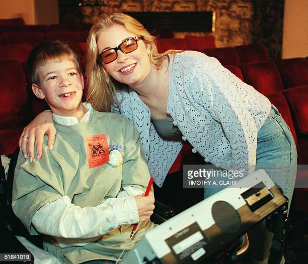 US country singer LeAnn Rimes meets with Will Patrick McCarthyage 14 of ChattanoogaTN at New York's Radio City Music Hall 24 February before her...