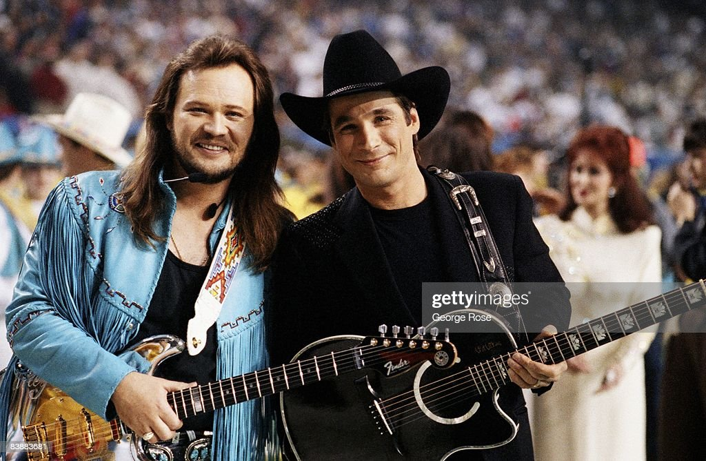 Country Singers Perform at Superbowl XXVII : News Photo