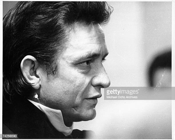 Country singer/songwriter Johnny Cash poses for a portrait in circa 1968.