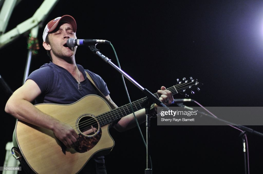Country Star Justin Moore performs live at the Golf and Guitars charity event on May 18, 2010 at the Alister MacKenzie Golf Course at Haggin Oaks in Sacramento, California.