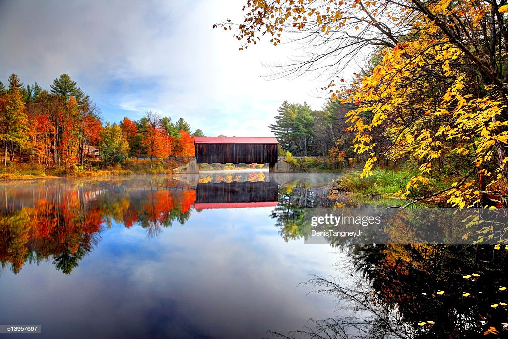 County Covered Bridge in New Hampshire : Stock Photo