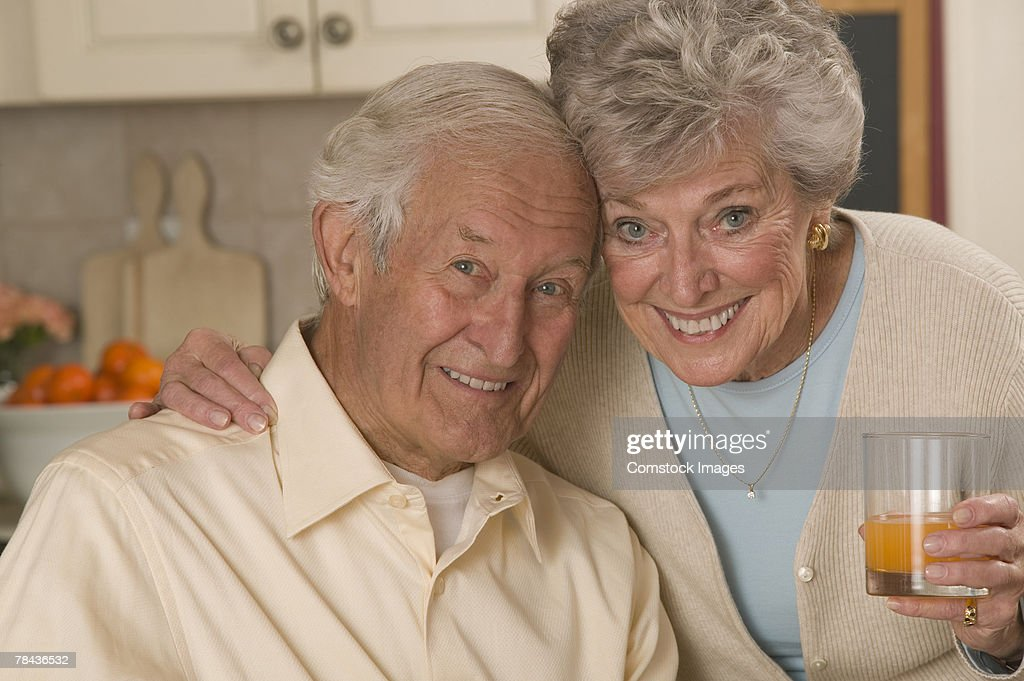 Couple at home : Stockfoto