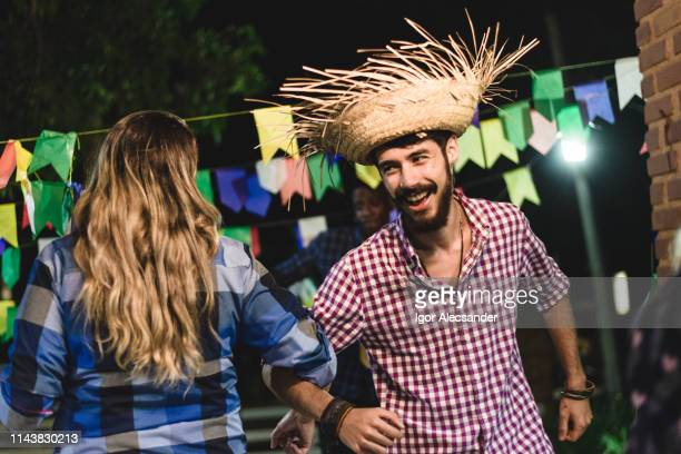 couple dancing at the junin party - june stock pictures, royalty-free photos & images