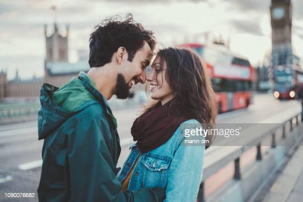 casal se apaixona - i love you frase em inglês - fotografias e filmes do acervo
