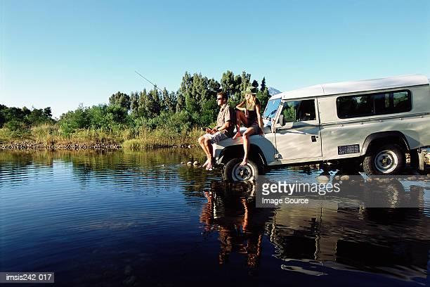 couple fishing on a safari - 淡水釣り ストックフォトと画像
