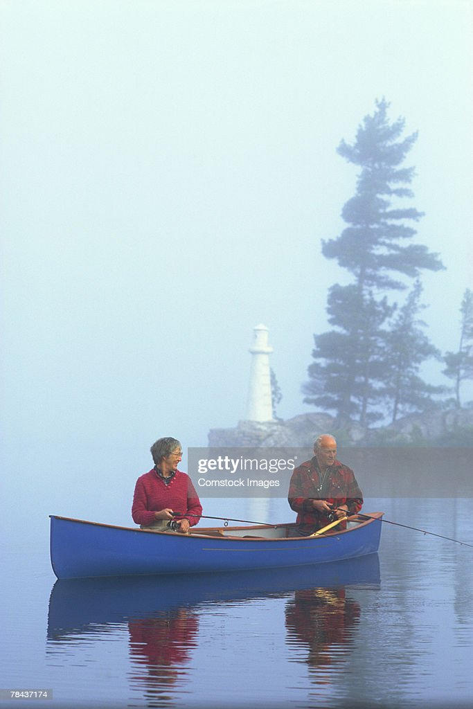 Couple fishing : Stockfoto