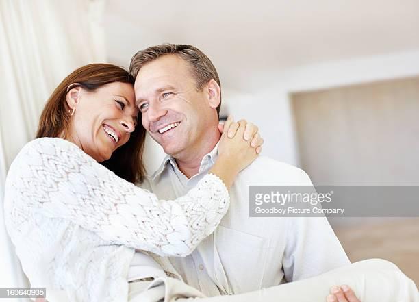 Paar glücklich zusammen