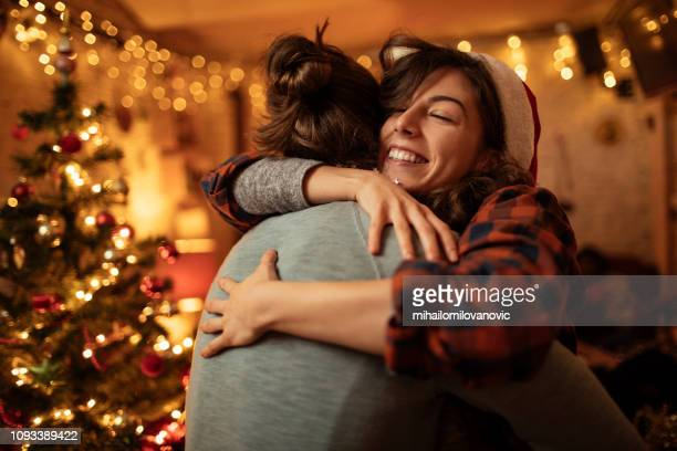 casal abraços - natal - fotografias e filmes do acervo