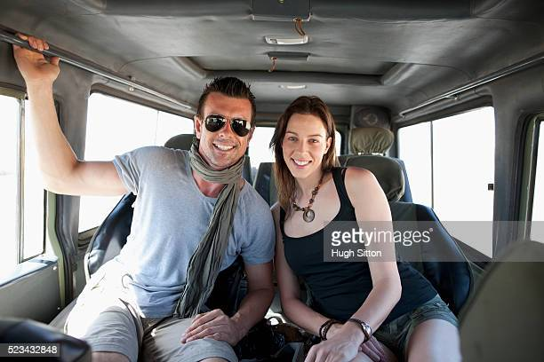 couple in automobile - hugh sitton stock-fotos und bilder