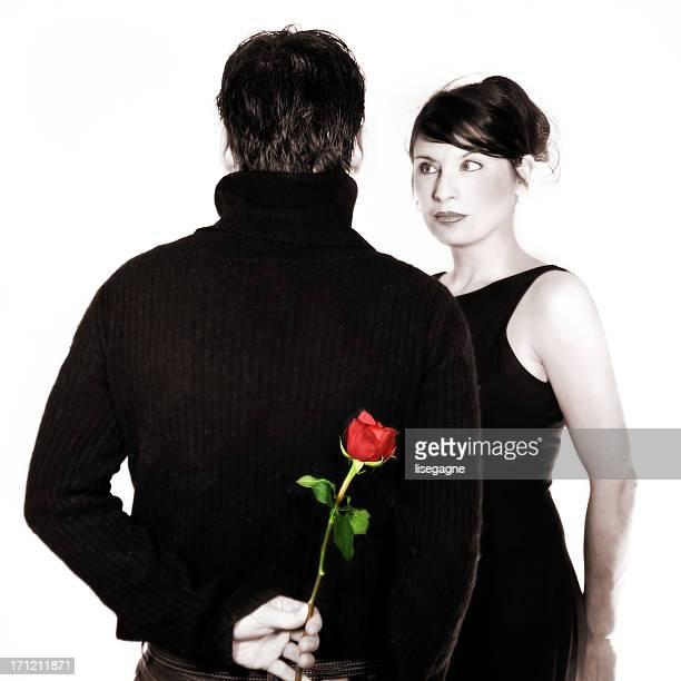 Couple avec une rose en Sépia