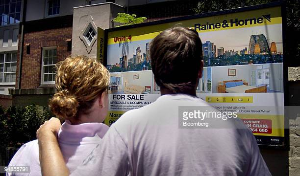 A couple inspects an apartment which is for sale in Sydney Australia Friday January 7 2005 Australian building approvals fell for an eighth month...