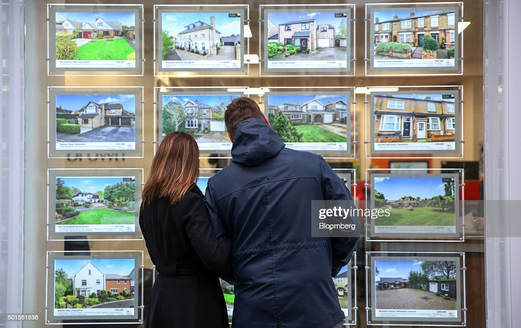 Housing Market As U.K. Asking Prices Rose An Annual 7.4 Percent in December : News Photo