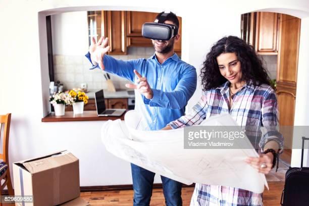 Couple à la recherche de leur future maison