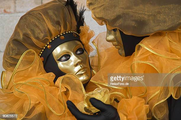 couple of golden masks at carnival in venice (xxl) - neck ruff stock pictures, royalty-free photos & images